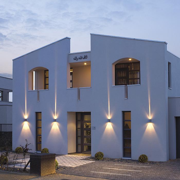 Fassadenbeleuchtung, Hausbeleuchtung, Garagenbeleuchtung - Schrack ...